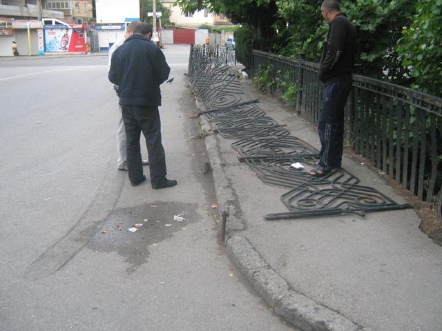 В Ялте житель Азербайджана без прав сбил пешеходов и скрылся   IMG 9279