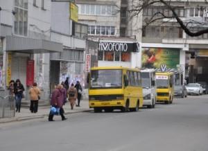 Сегодня в Симферополе ограничат движение и пустят бесплатные маршрутки.